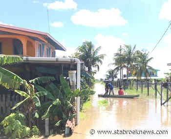 Mahaicony River remains in deep flood, some residents insist conservancy water pouring in - Stabroek News