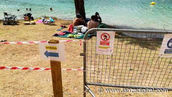 El Ayuntamiento de Ruidera no cobrará por el baño en las Lagunas, aunque lo estudiará cuando disponga de aseos y aparcamiento - Lanza Digital