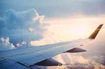 """""""Detengan el avión"""": pasajero trató de entrar en la cabina en pleno vuelo - El Diario de Yucatán"""