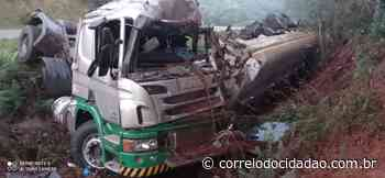 Caminhão tomba no município de Pitanga – Correio do Cidadão - Correio do CIdadão