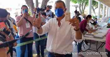 Octavio Pedroza vota en San Luis Potosi y pide civilidad en la jornada - ELIMPARCIAL.COM