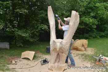 Jens Röser zaubert weiter an Holzfiguren auf dem Spielplatz in Selters - WW-Kurier - Internetzeitung für den Westerwaldkreis