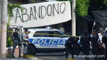 Dos jóvenes fueron asesinados en una barbería en Cuscatancingo   Noticias de El Salvador - elsalvador.com