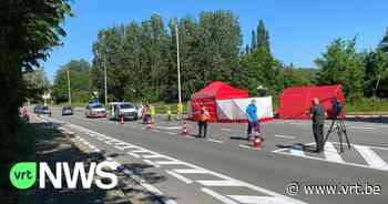 Twee wielertoeristen sterven bij aanrijding op kruispunt in Eke bij Nazareth: bestuurster reed niet onder invloed - VRT NWS