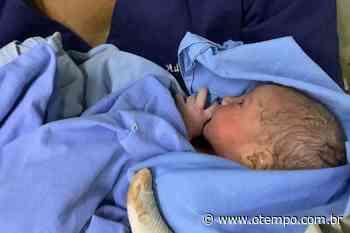 Bebê nasce dentro de ambulância na BR-040 em Curvelo - O Tempo