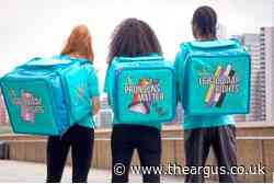 Deliveroo riders to wear pronouns on bags for pride month