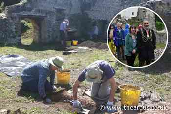Roman pottery found at archaeological dig in Portslade