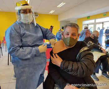 El operativo de vacunación continúa a buen ritmo en Merlo - Agencia de Noticias San Luis