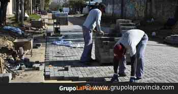Avanzan las obras de nuevos pavimentos en todo Merlo - Grupo La Provincia