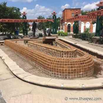 Augustus Jones Fountain in Stoney Creek set to resume running - TheSpec.com