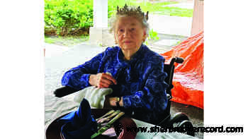 News Irene Brown looking regal at 105 - Sherbrooke Record