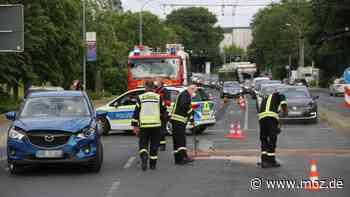 Unfall: Es kracht an der Kreuzung zum Familiengarten in Eberswalde - moz.de