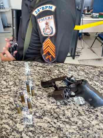 Homem é preso com arma em Pinheiral - Diario do Vale