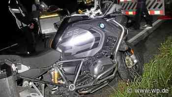Finnentrop: Motorradfahrer kippt bei Wendemanöver in Graben - WP News