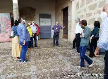 """Partinico, tour in """"salsa polemica"""" alla Cantina borbonica e alla villa """"Margherita"""" (VIDEO) - Tele Occidente"""