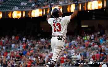 MLB: Ronald Acuña Jr. casi la saca del estadio y así empata la cima de HRs con 18 - Al Bat