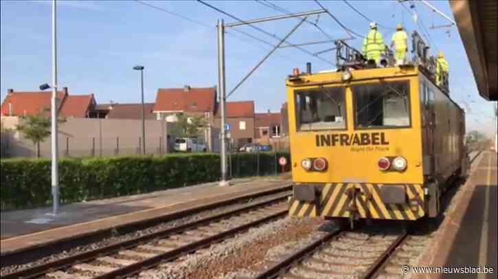 Arbeiders Infrabel hele nacht in de weer met herstellingswerken, maar treinverkeer blijft onderbroken nadat verstrooide trucker kabels afrijdt