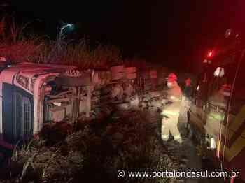 JURUAIA | Acidente com carreta deixa dois feridos - Portal Onda Sul