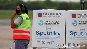 Llega a Buenos Aires el avión con el primer lote del principio activo para la producción de la vacuna Sputnik... - RT en Español