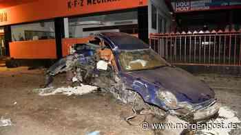 Reinickendorf: Porsche kracht in Hermsdorf gegen Hauswand - Verletzte - Berliner Morgenpost