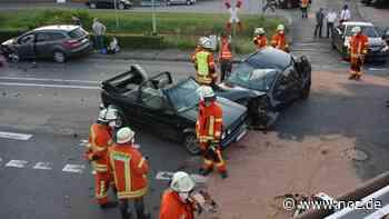 Unfall in Werlte: Person in Auto eingeklemmt - NOZ