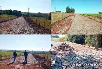 Calçamento é feito na Estrada da Fecularia em Nova Santa Rosa - Aquiagora.net