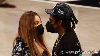Bei Basketballspiel: Beyoncé und Jay-Z total verschmust - Promiflash.de