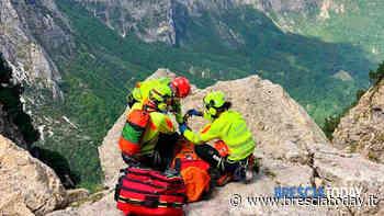 Professore e alpinista, precipita nel vuoto in montagna: è in gravi condizioni - BresciaToday