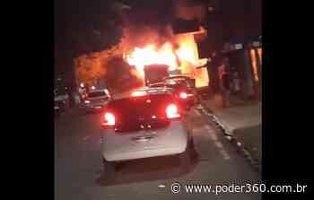 """Políticos cobram autoridades por violência em Manaus: """"Extrema urgência"""" - Poder360"""