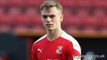 Scott Twine: Milton Keynes Dons sign Swindon Town midfielder