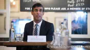Rishi Sunak 'willing to accept' short delay to ending lockdown