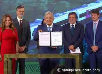 Firma AMLO contrato para construcción de Tren Maya en Sahagún - La Silla Rota