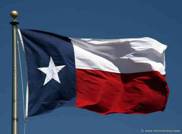 Texas Bans Businesses From Requiring 'Vaccine Passports'