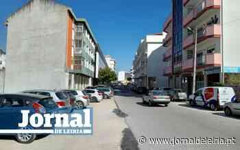 Obras na Av. Humberto Delgado, em Leiria, paradas à espera de estacionamento provisório - Jornal de Leiria