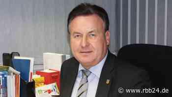 Bürgermeister von Lauchhammer bittet um Versetzung in Ruhestand - rbb24