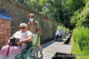 """Gentbos toegankelijk voor rolstoelen en buggy's: """"Twintig jaar geleden dat ik in bos was"""""""