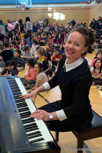 Iqaluit teacher wins national music education award - Nunatsiaq News