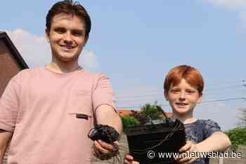 Wifirouter in brand: Matheo (13) en Pieter-Jan (21) gaan vuur te lijf en voorkomen groter onheil<BR />