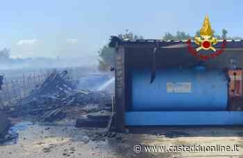 Paura a Selargius, incendio accanto a un deposito di gasolio: danni a un camion e ad un capannone - Casteddu Online