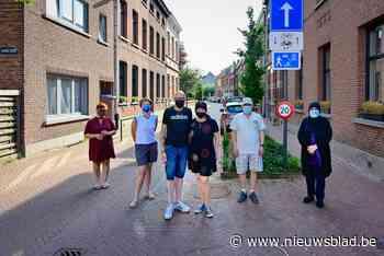 Bewoners woedend na uitbreiding blauwe parkeerzone - Het Nieuwsblad