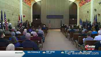 Topeka's Mount Hope Cemetery hosts Memorial Day ceremony - WIBW