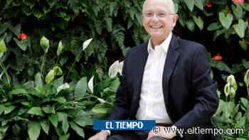 Augusto Solano ganó premio por su contribución a la industria floral - El Tiempo