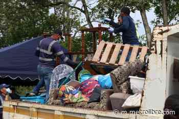 Reubican a familias que invadieron terrenos cerca al Hospital Nicolás A. Solano - Metro Libre