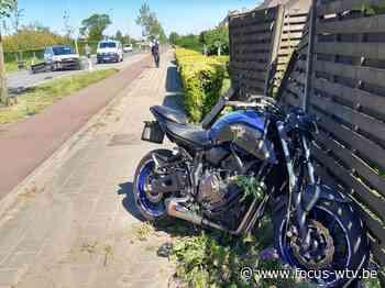 Motorrijder zwaargewond afgevoerd na ongeval in Staden - Focus en WTV