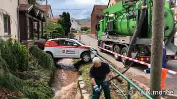 Nach Unwetter: Aufräumarbeiten in Mosbach dauern an - MDR