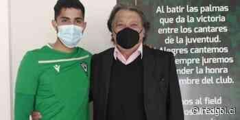 ¡Es de verdad! Don Elías Figueroa visita y alienta al plantel de Wanderers en medio de la crisis que los ti... - RedGol