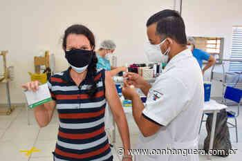 Ao contrário dos municípios vizinhos, Cajamar seguirá calendário do governo estadual para vacinar profissionais da educação - Jornal O Anhanguera