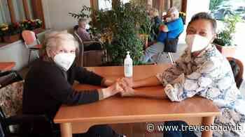 Tornano le visite in casa di riposo a Spresiano e Cavaso: aria di normalità dopo 14 mesi di sacrifici - TrevisoToday