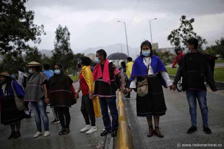 Con bloqueo en vía al aeropuerto El Dorado arranca jornada de paro en Bogotá - http://www.radionacional.co/