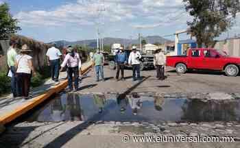 Bloquean parque industrial Tula-Tepeji; piden resolver contaminación de residuos peligrosos   El Universal - El Universal